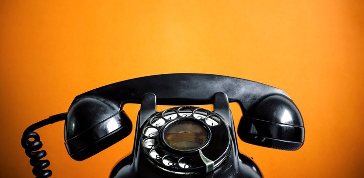 8 Phone Sales Techniques That Will Close Deals Faster
